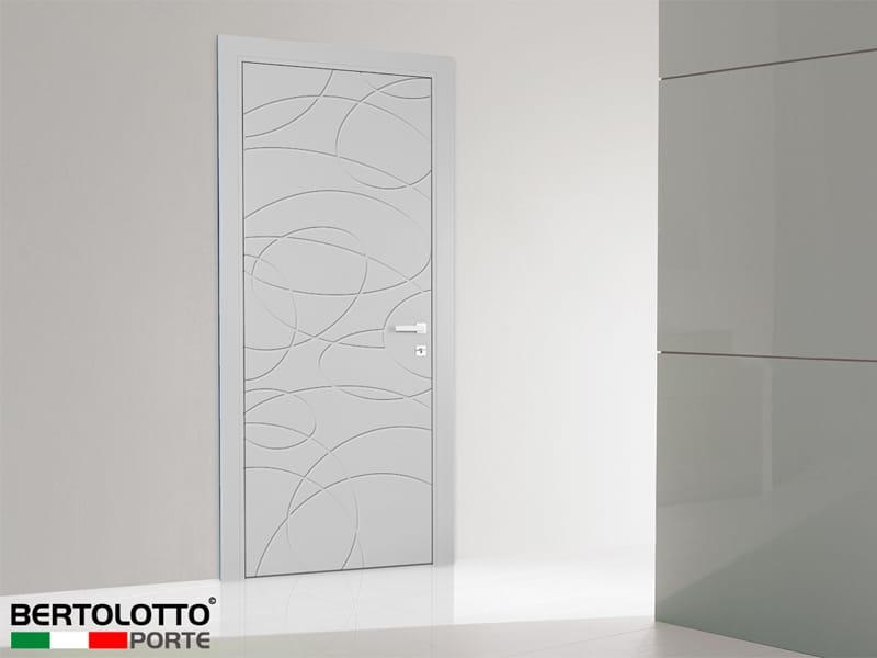 Porta a battente laccata mistral by bertolotto porte for Bertolotto porte