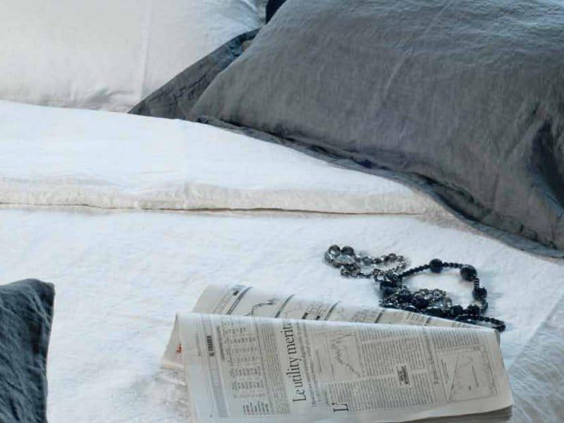 Bordi cornici coordinato letto by la fabbrica del lino by - La fabbrica del lino letto ...