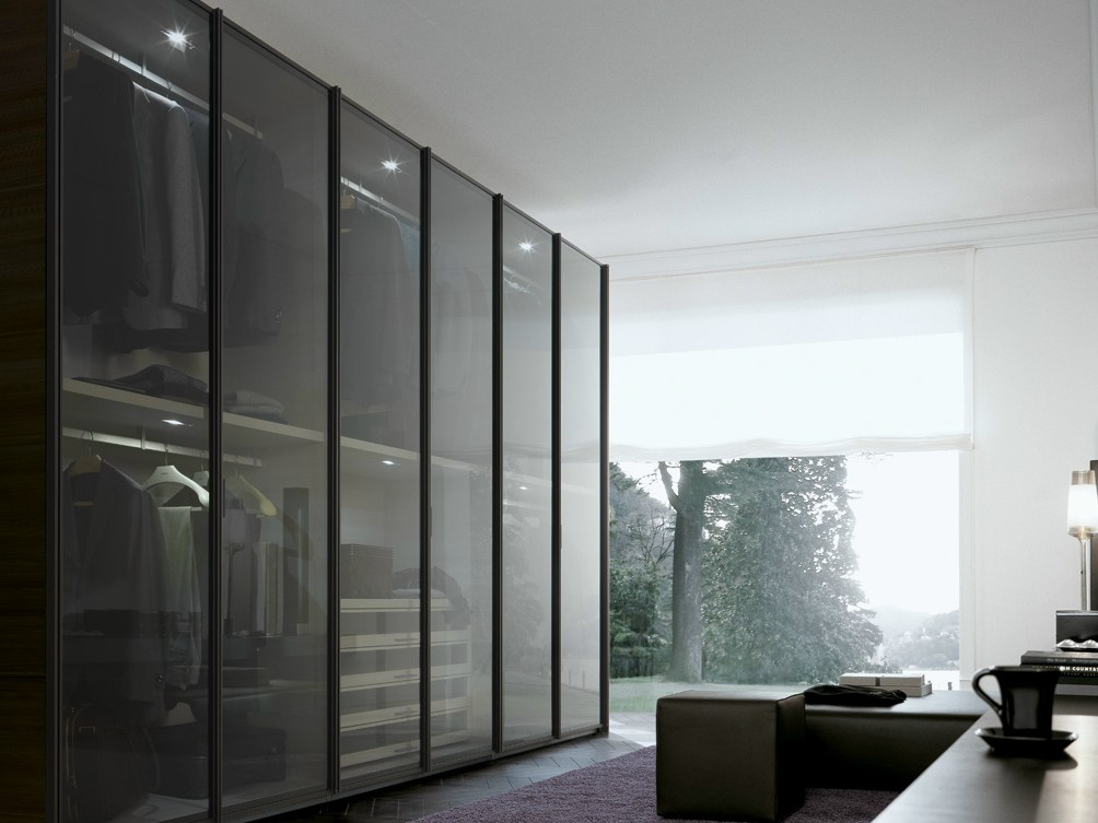 ego kleiderschrank by poliform design giuseppe bavuso. Black Bedroom Furniture Sets. Home Design Ideas