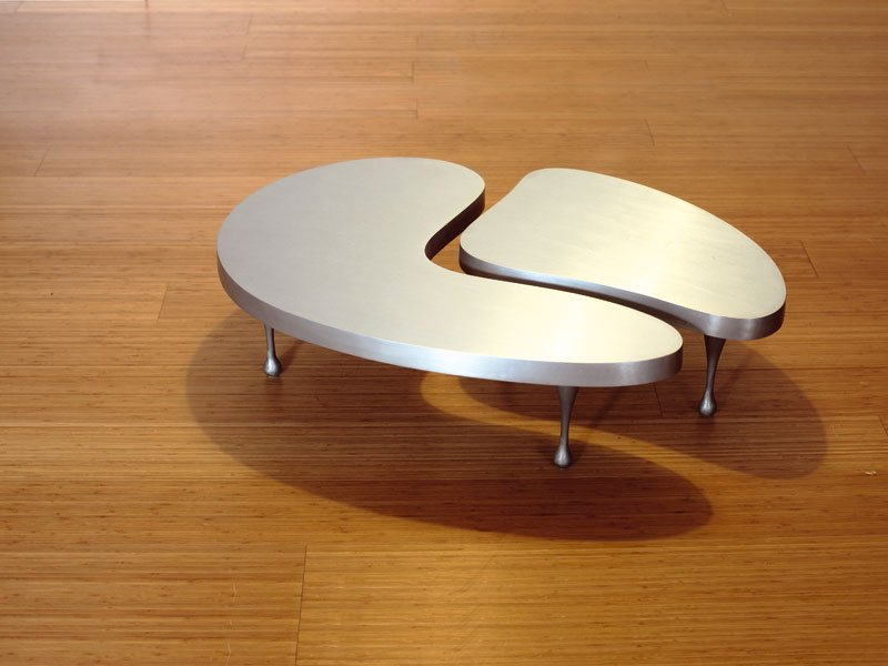 Table basse en aluminium de salon ki09 by matrix for Petites tables basses de salon