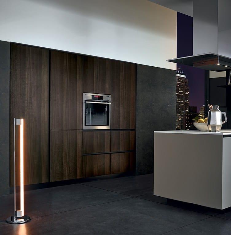 Lacquered wooden kitchen alea by varenna by poliform for Varenna kitchen