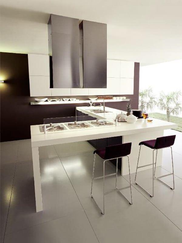 Cocina integral de estilo moderno alineal by euromobil for Cocina estilo moderno
