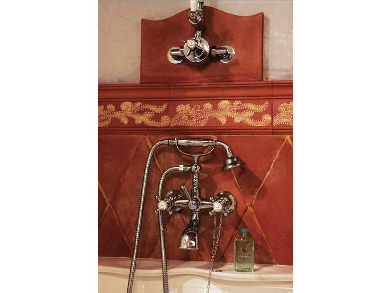 Antique robinet pour baignoire mural by gentry home - Robinet mural baignoire ...