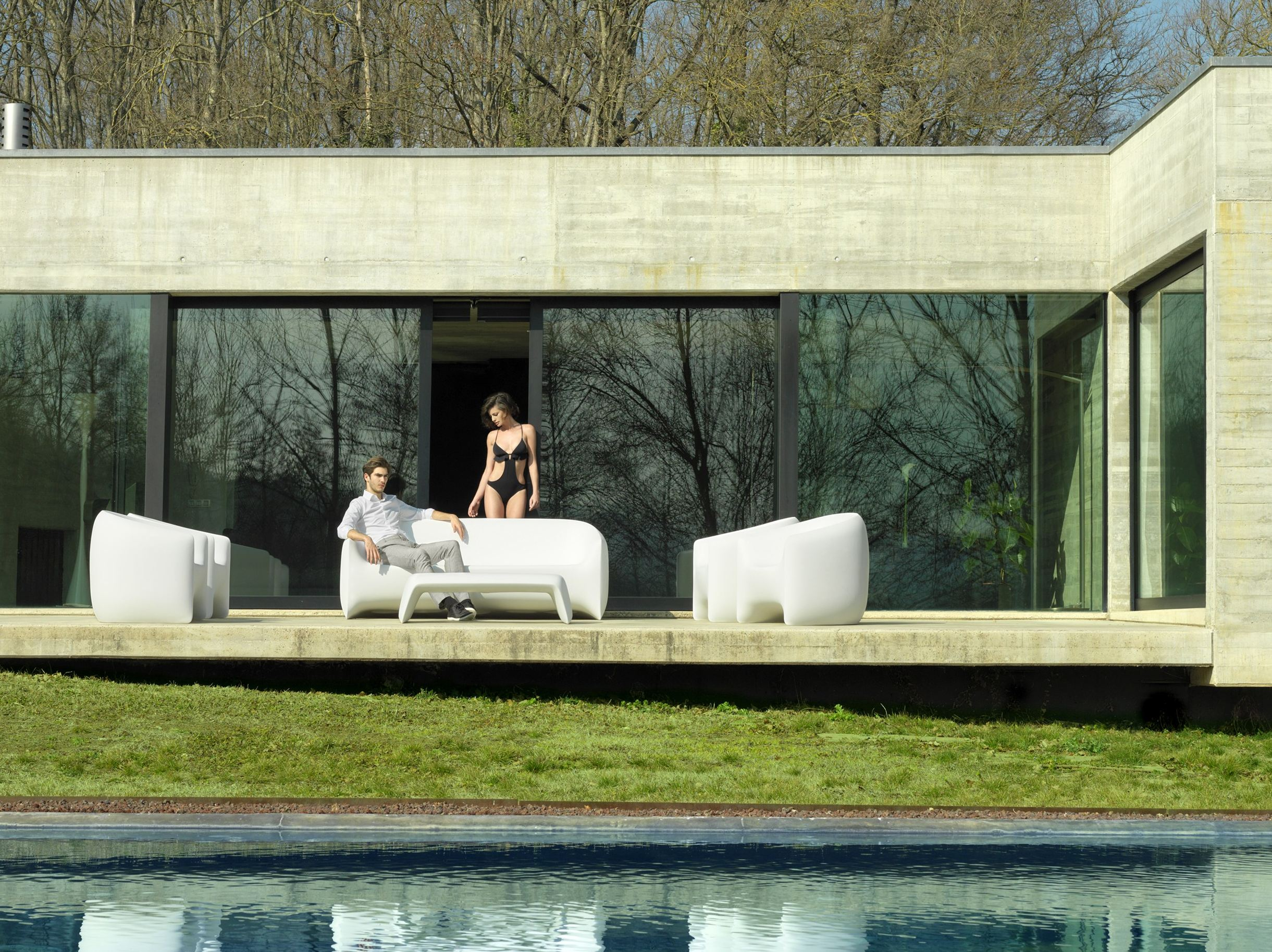 blow garden sofa by vondom