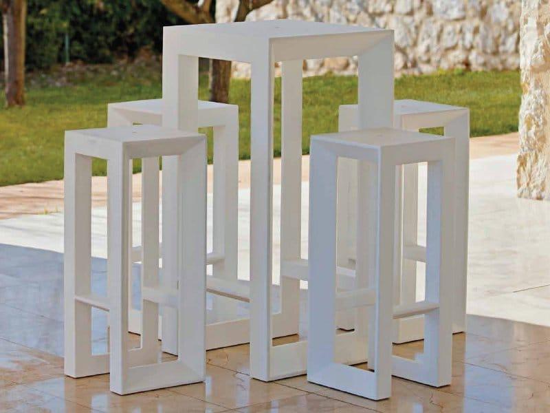 Vela table de jardin by vondom - Vallas decorativas para jardin ...