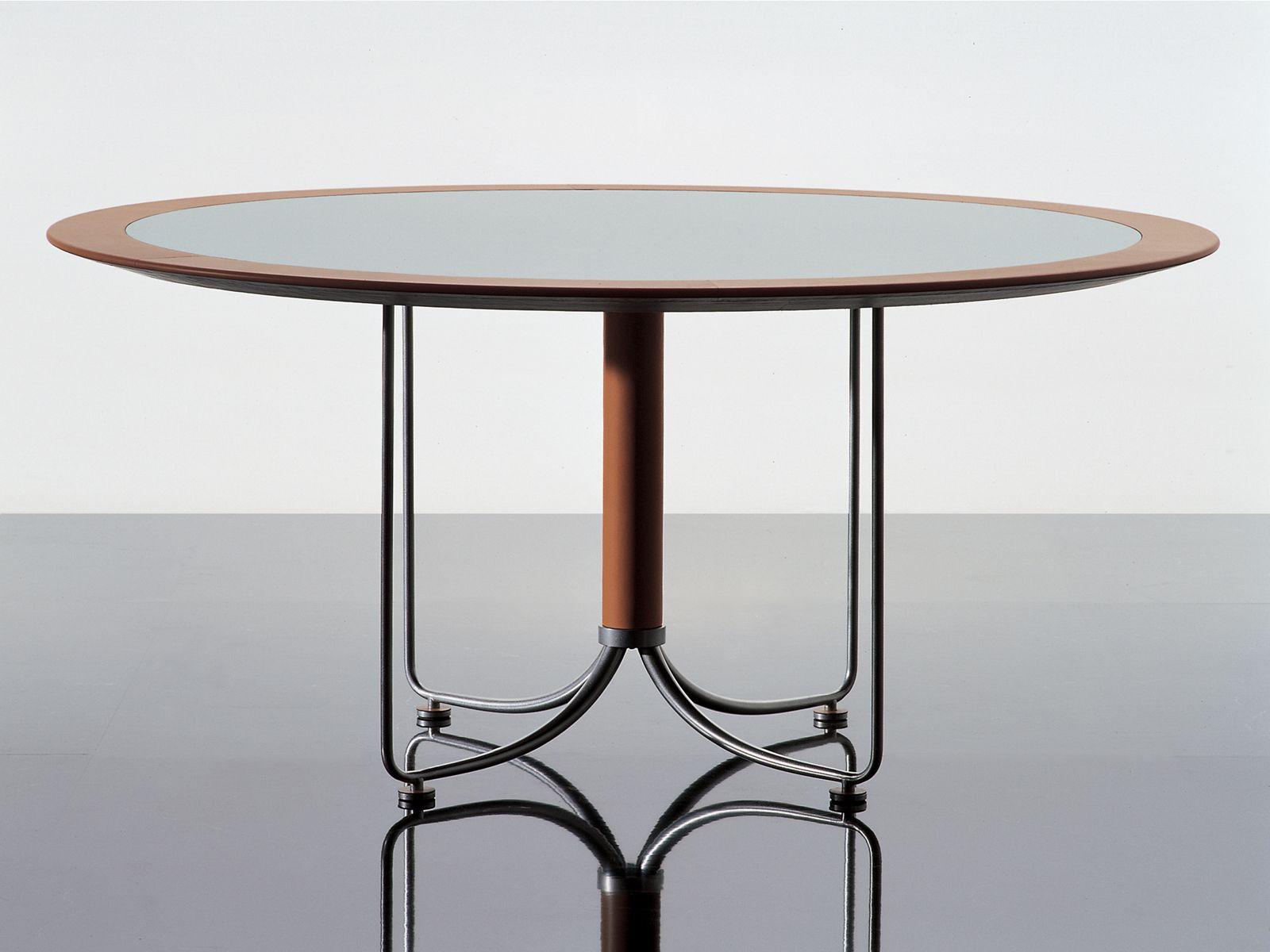 Scrivania tavolo da riunione bird by i 4 mariani for I 4 mariani