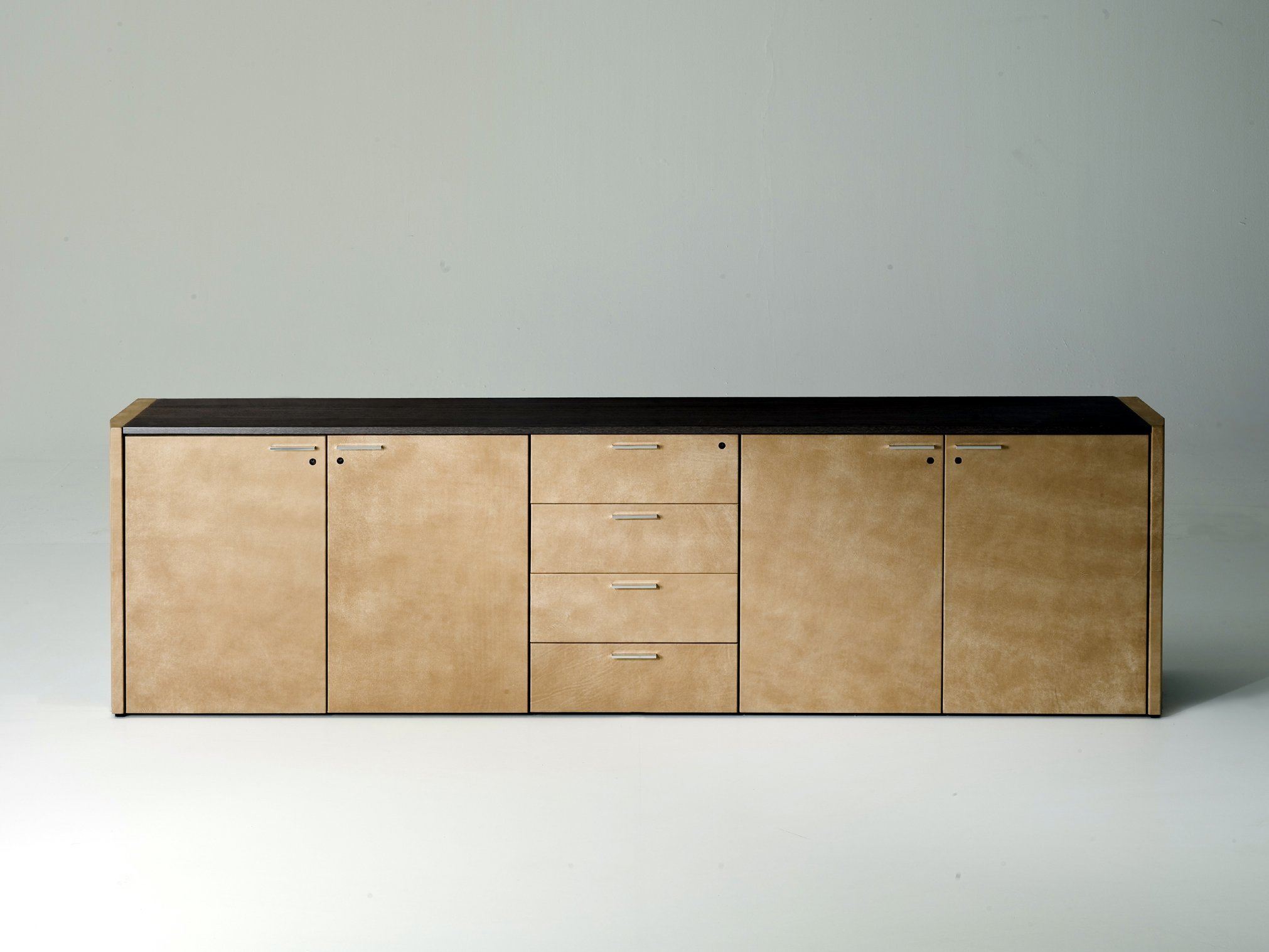 De symetria mobile ufficio by i 4 mariani design luca for Mobile basso design
