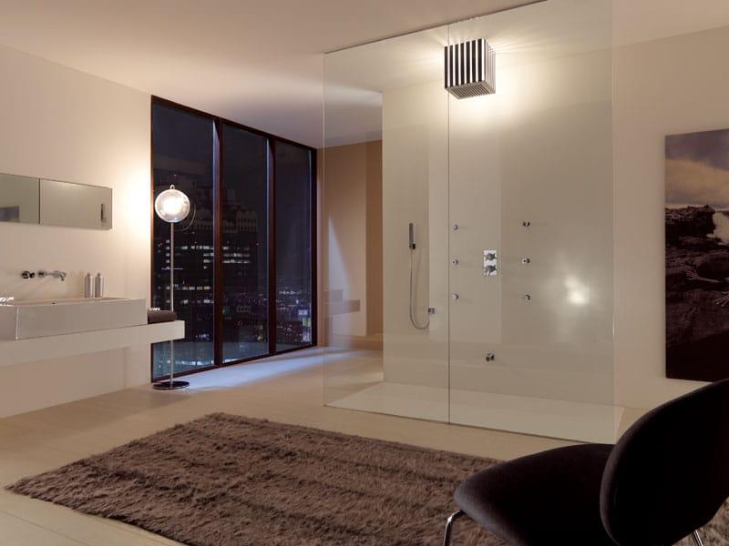 t te de douche effet pluie avec clairage int gr lumiere by bossini. Black Bedroom Furniture Sets. Home Design Ideas