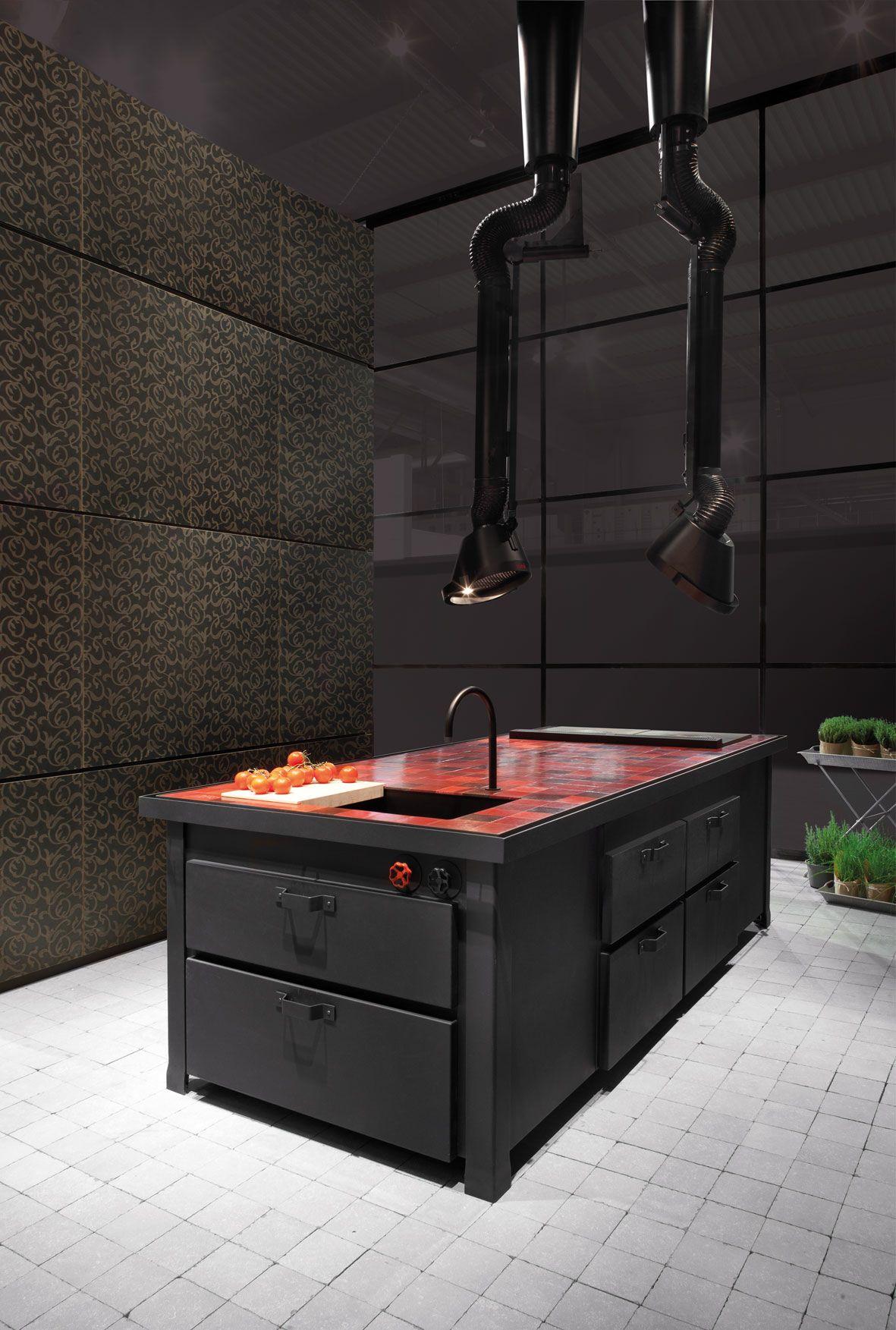 Fitted kitchen with island min professional by minacciolo - Minacciolo cuisine ...