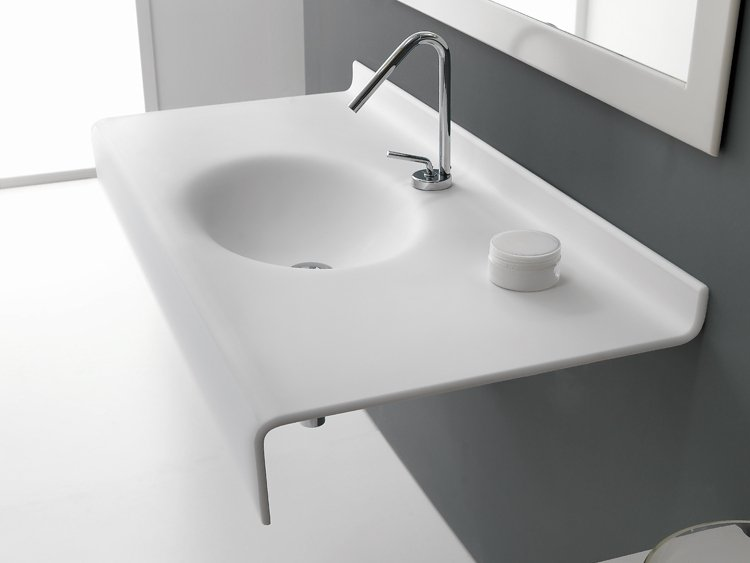 Lavabo a consolle sospeso in hi macs form by midioplan for Ponte giulio