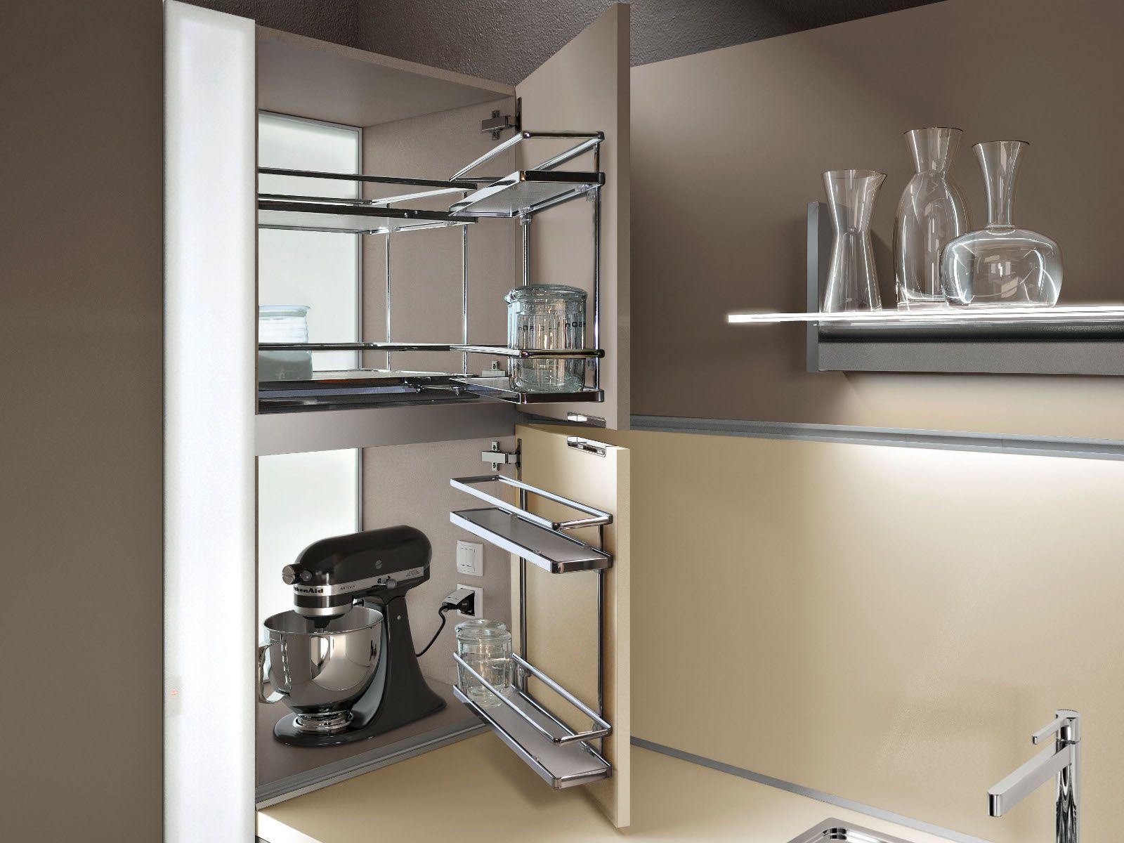 Lux cucina con isola by snaidero design pietro arosio - Mobili snaidero majano ...