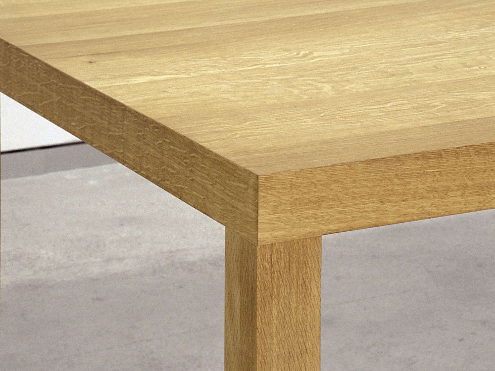 Solid wood table DINAVIER by Sanktjohanser design Matthias Hubert Sanktjohanser