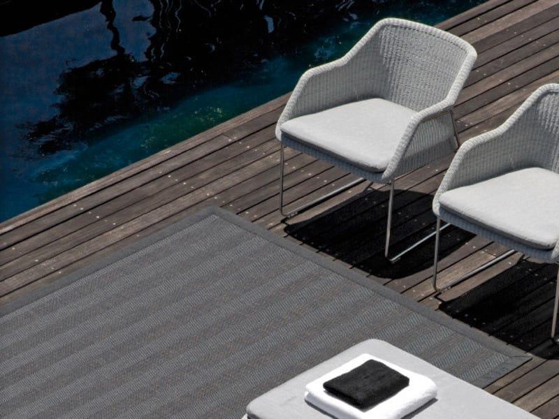 tapis d ext rieur uni rectangulaire by manutti. Black Bedroom Furniture Sets. Home Design Ideas