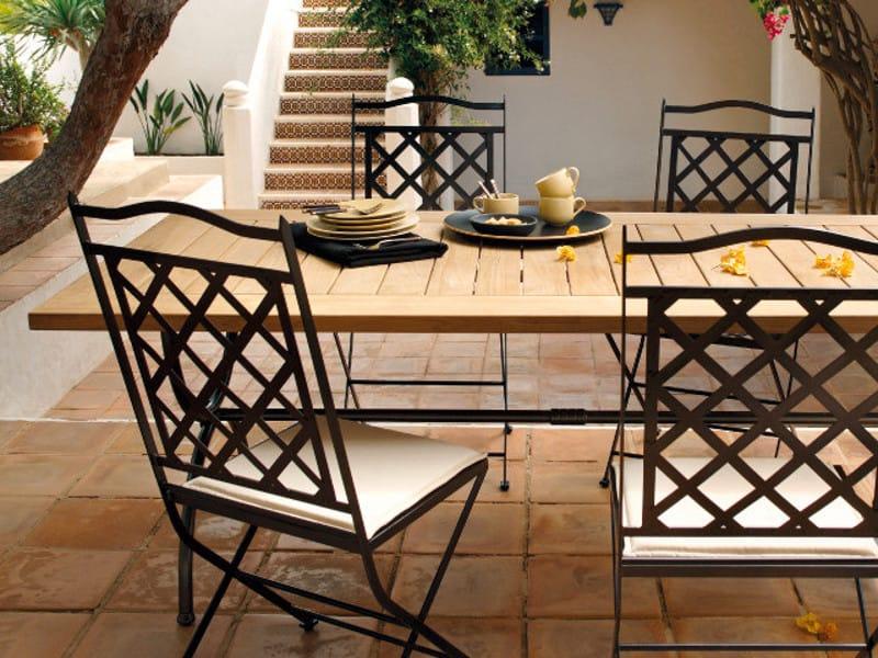 Tavoli e sedie da giardino in ferro battuto mobilia la - Tavoli ferro battuto da esterno ...