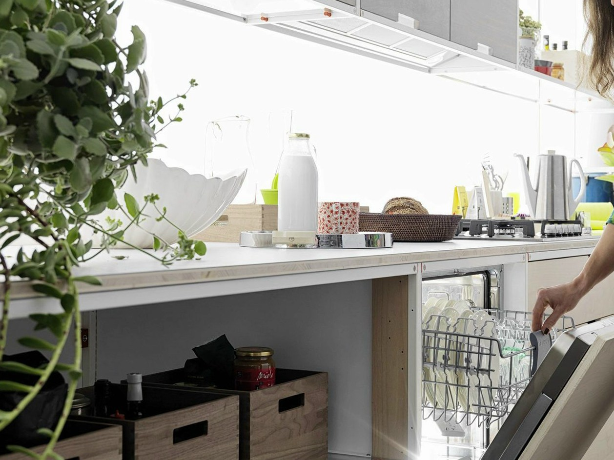 Cuisine int gr e en bois multi niveau meccanica by valcucine design gabriele - Cuisine non integree ...
