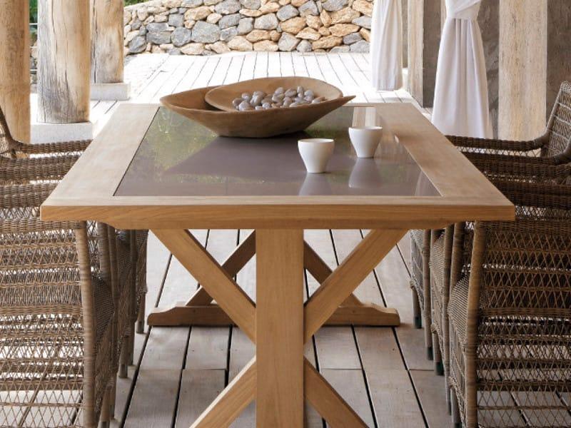 Tavolo da giardino rettangolare in teak livorno by manutti for Giardino rettangolare