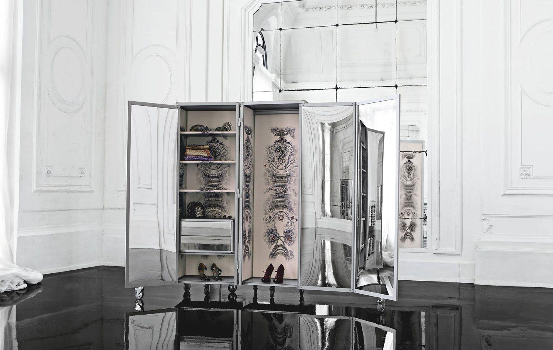 paravent kleiderschrank by roche bobois design jean paul gaultier. Black Bedroom Furniture Sets. Home Design Ideas