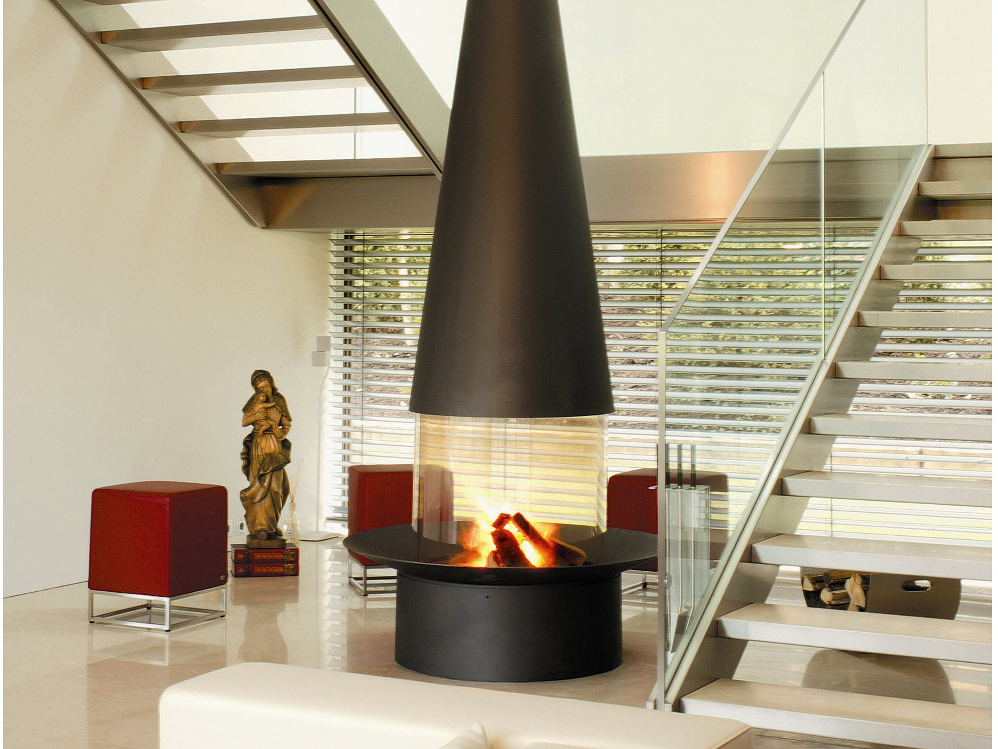 central hanging fireplace filiofocus 2000 central by focus design dominique i. Black Bedroom Furniture Sets. Home Design Ideas