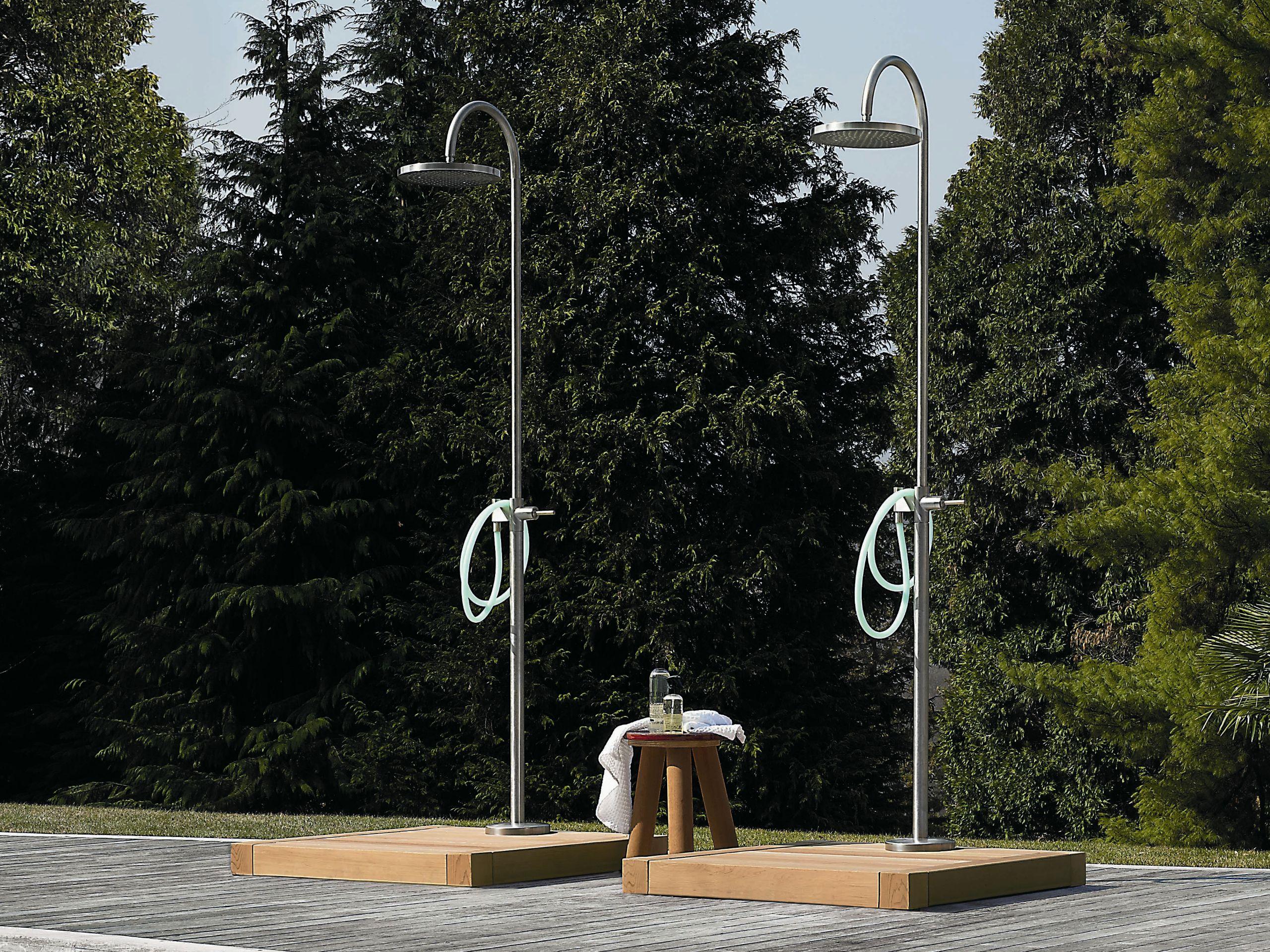 Doccia esterna by ZUCCHETTI design Ludovica+Roberto Palomba