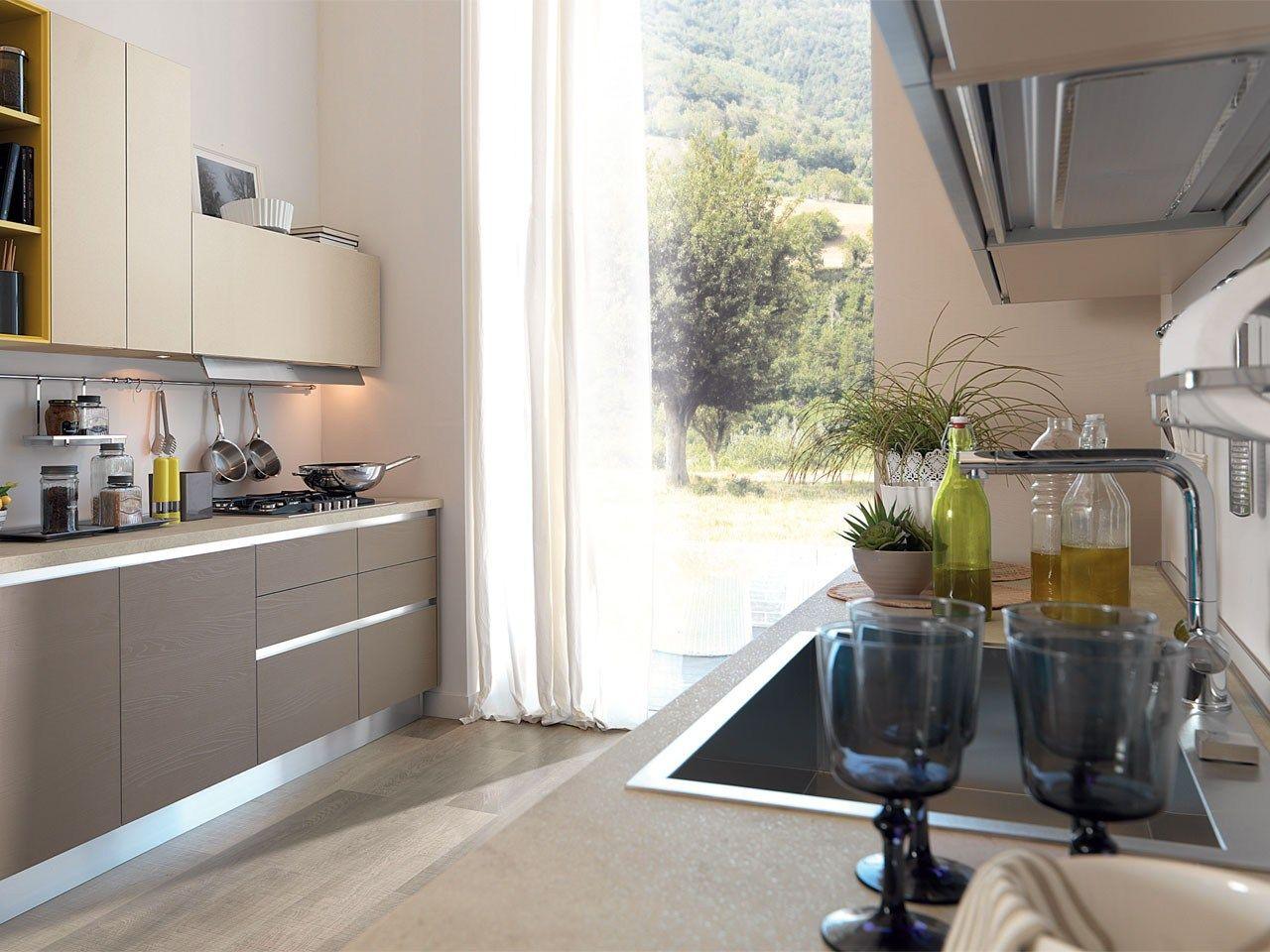 ESSENZA   Kitchen without handles By Cucine Lube