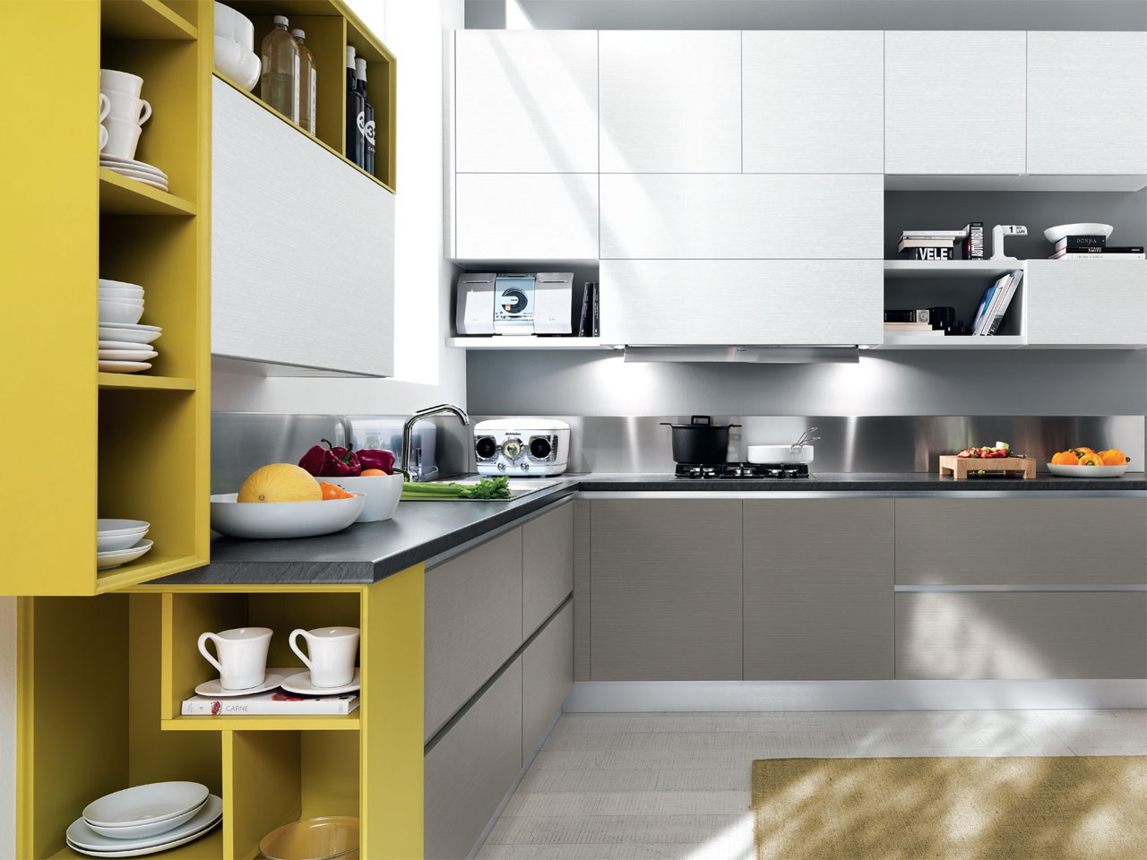 Essenza fitted kitchen by cucine lube for Wooden fitted kitchen