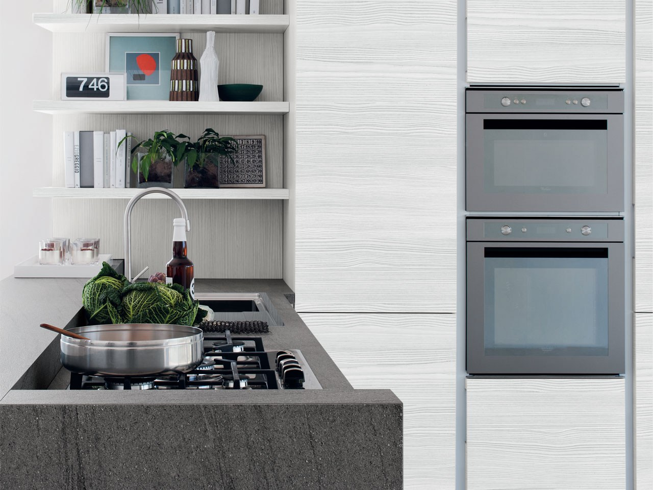 Essenza kitchen by cucine lube for Wooden fitted kitchen
