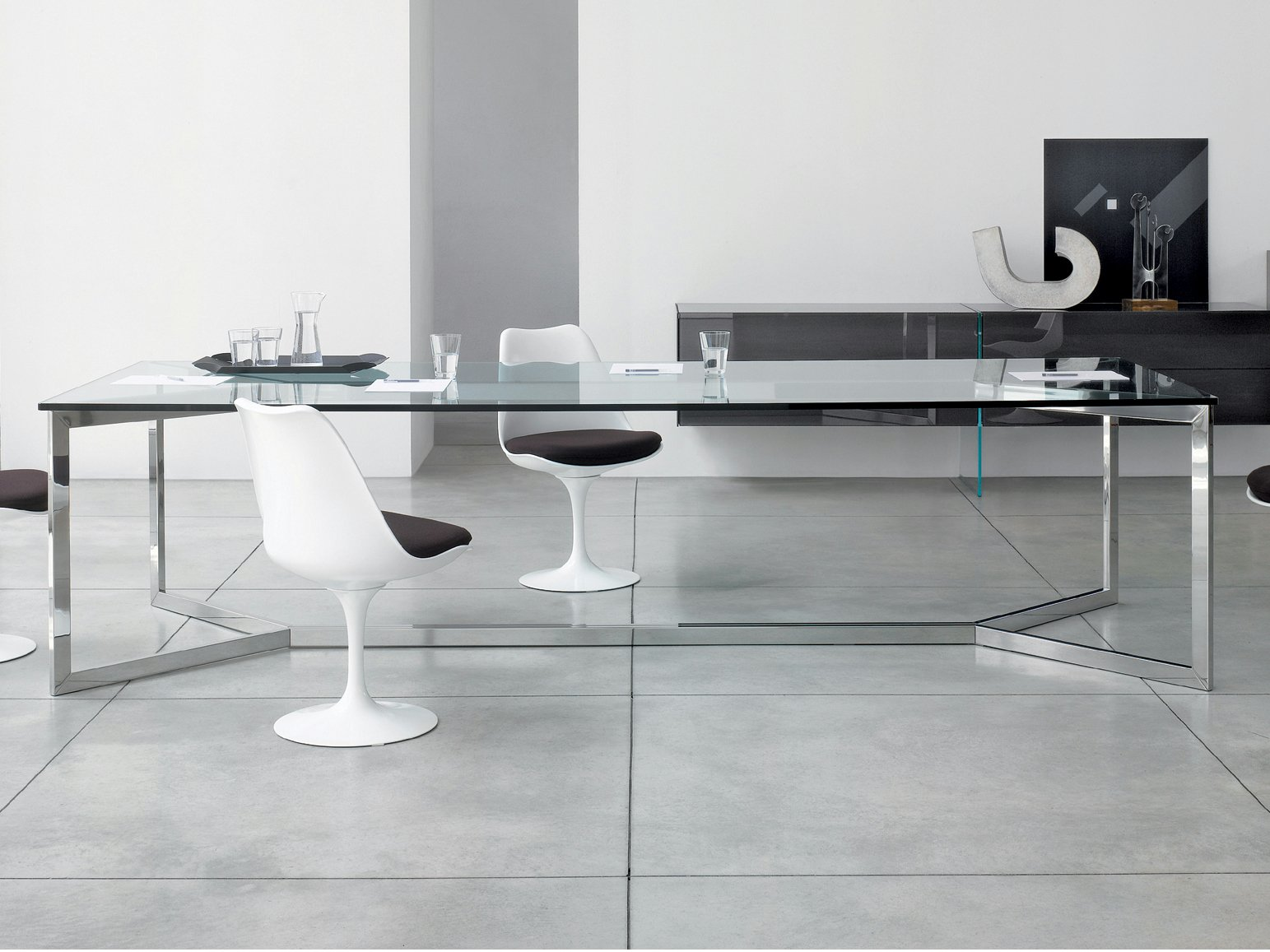 crystal table carlo magno by gallotti radice. Black Bedroom Furniture Sets. Home Design Ideas