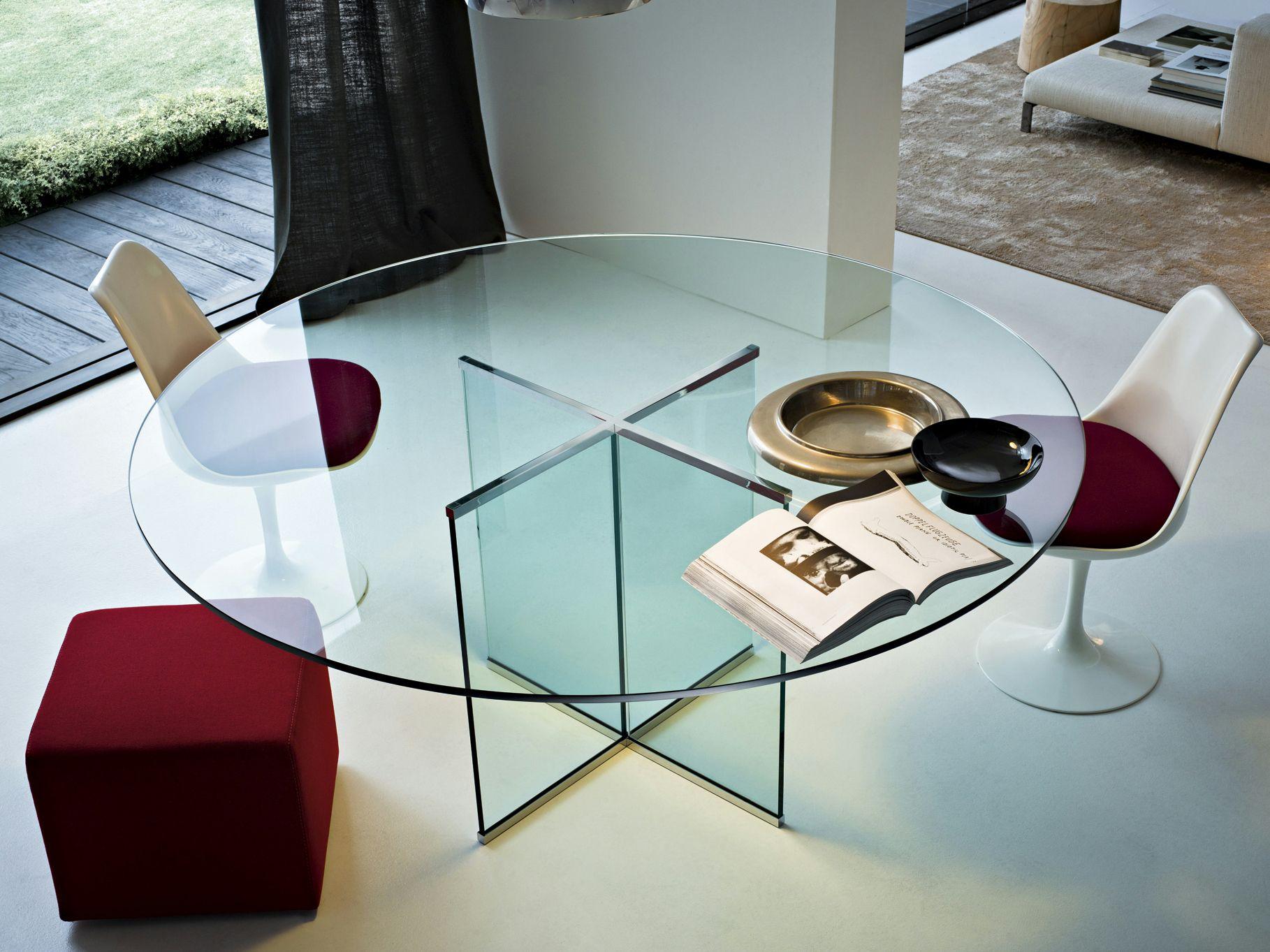Tavolo in cristallo eros tavolo rotondo by gallotti radice for Tavolo cristallo rotondo design