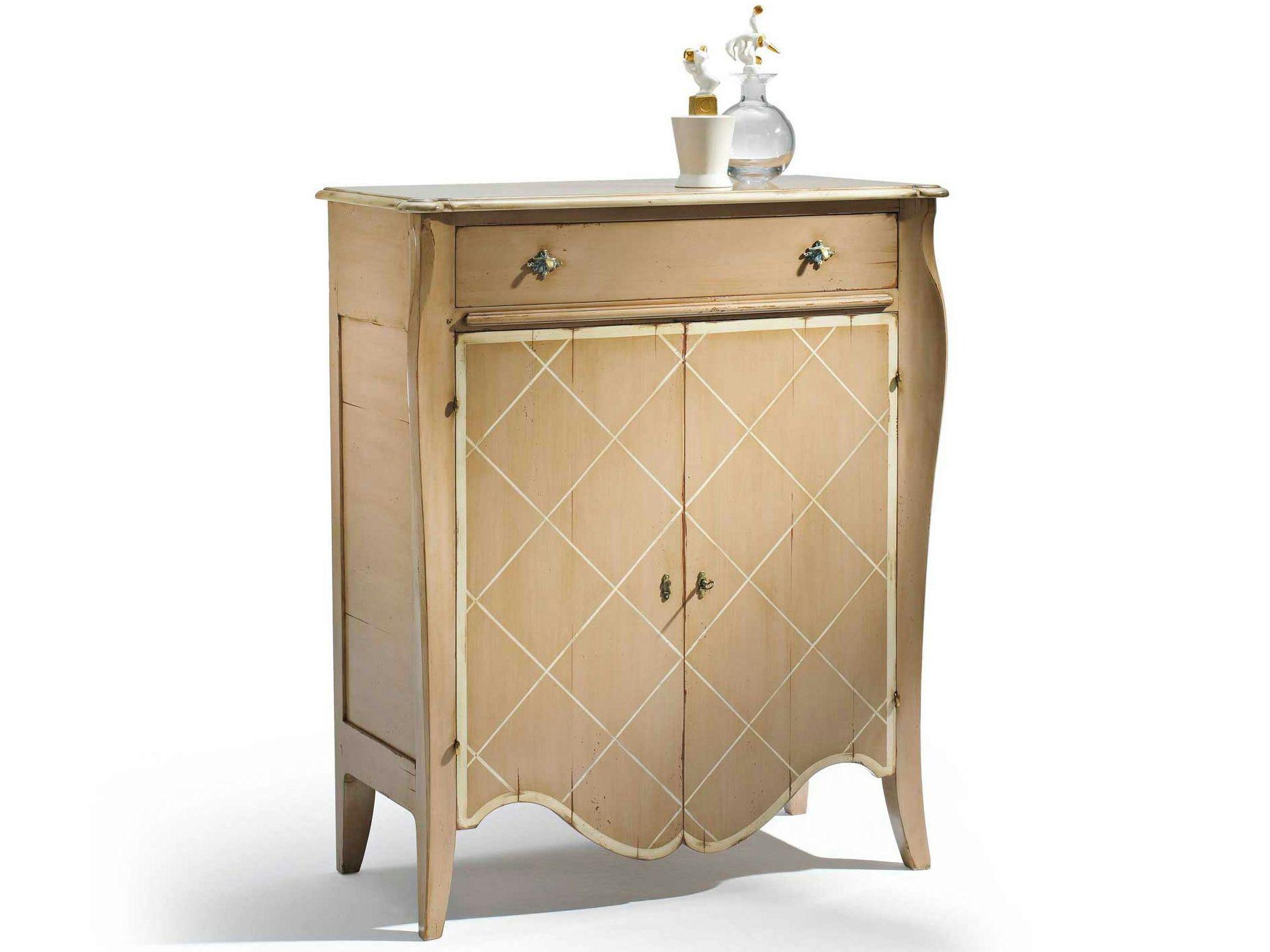 Vaisselier en bois avec portes collonges collection nouveaux classiques by ro - Vaisselier roche bobois ...