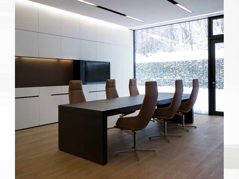 Aston executive chair with 4 spoke base by arper design for Ufficio direzionale design