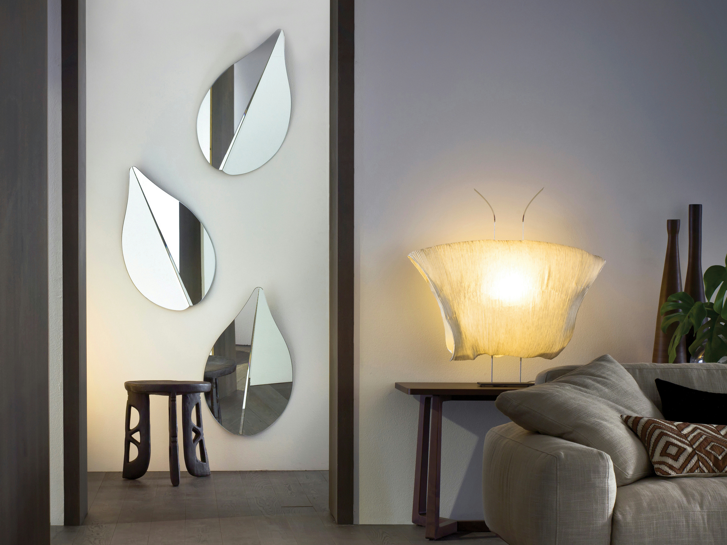 miroir mural spring by gallotti radice design ricardo. Black Bedroom Furniture Sets. Home Design Ideas