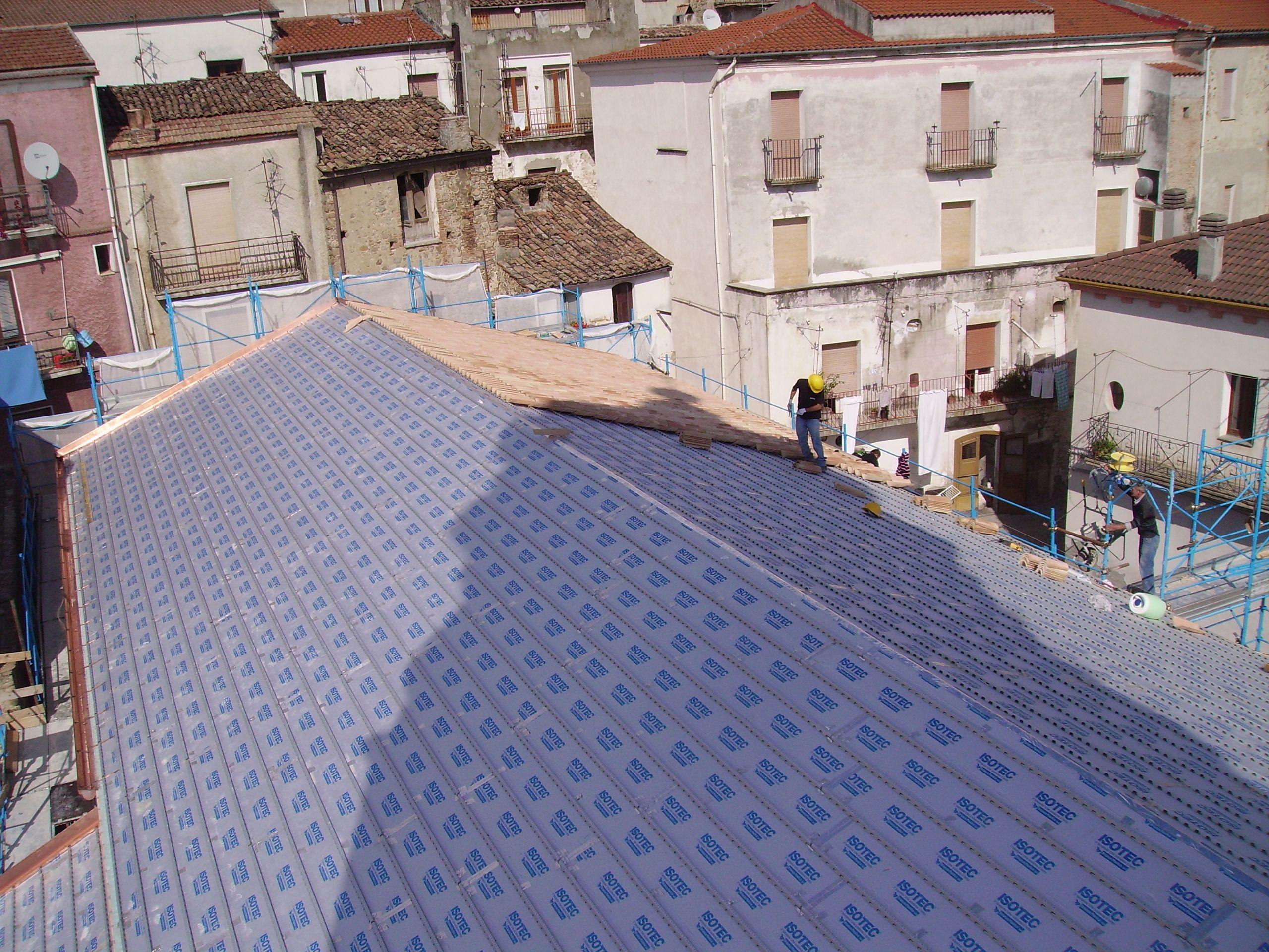 sistema para telhado ventilado de espuma de poliuretano isotec by brianza plastica. Black Bedroom Furniture Sets. Home Design Ideas