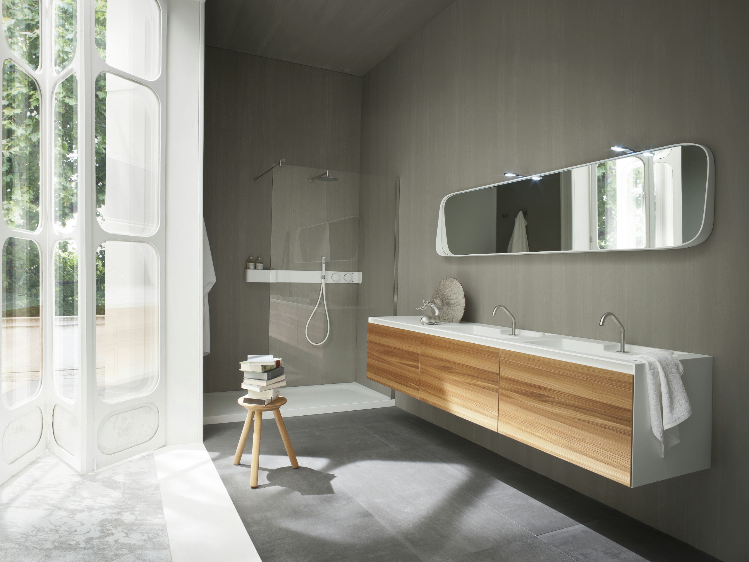 fonte miroir pour salle de bain by rexa design design monica graffeo. Black Bedroom Furniture Sets. Home Design Ideas
