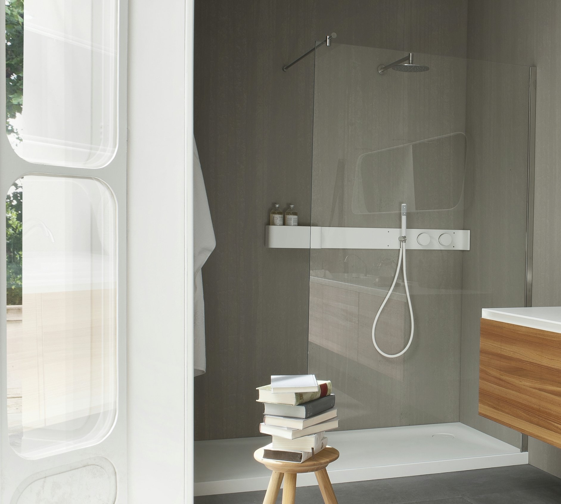 Ergo nomic receveur de douche en corian by rexa design for Receveur de douche design