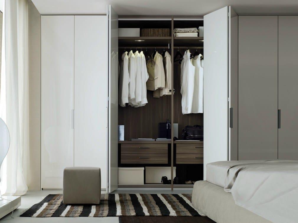 New entry armario con puertas plegables by poliform - Puertas plegables armarios ...