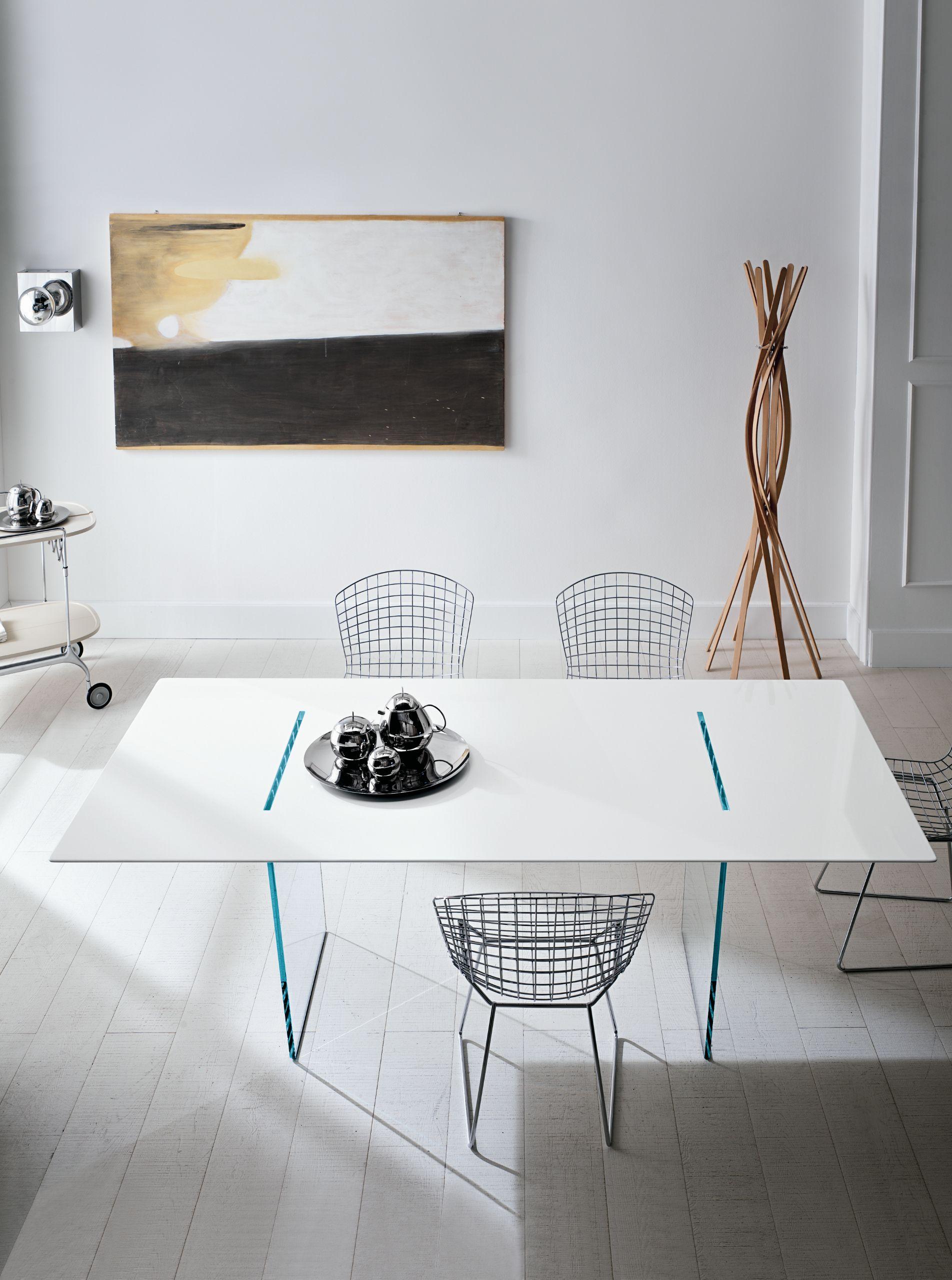 Tavolo rettangolare in legno design tavolante by t d for Tavolo rettangolare design
