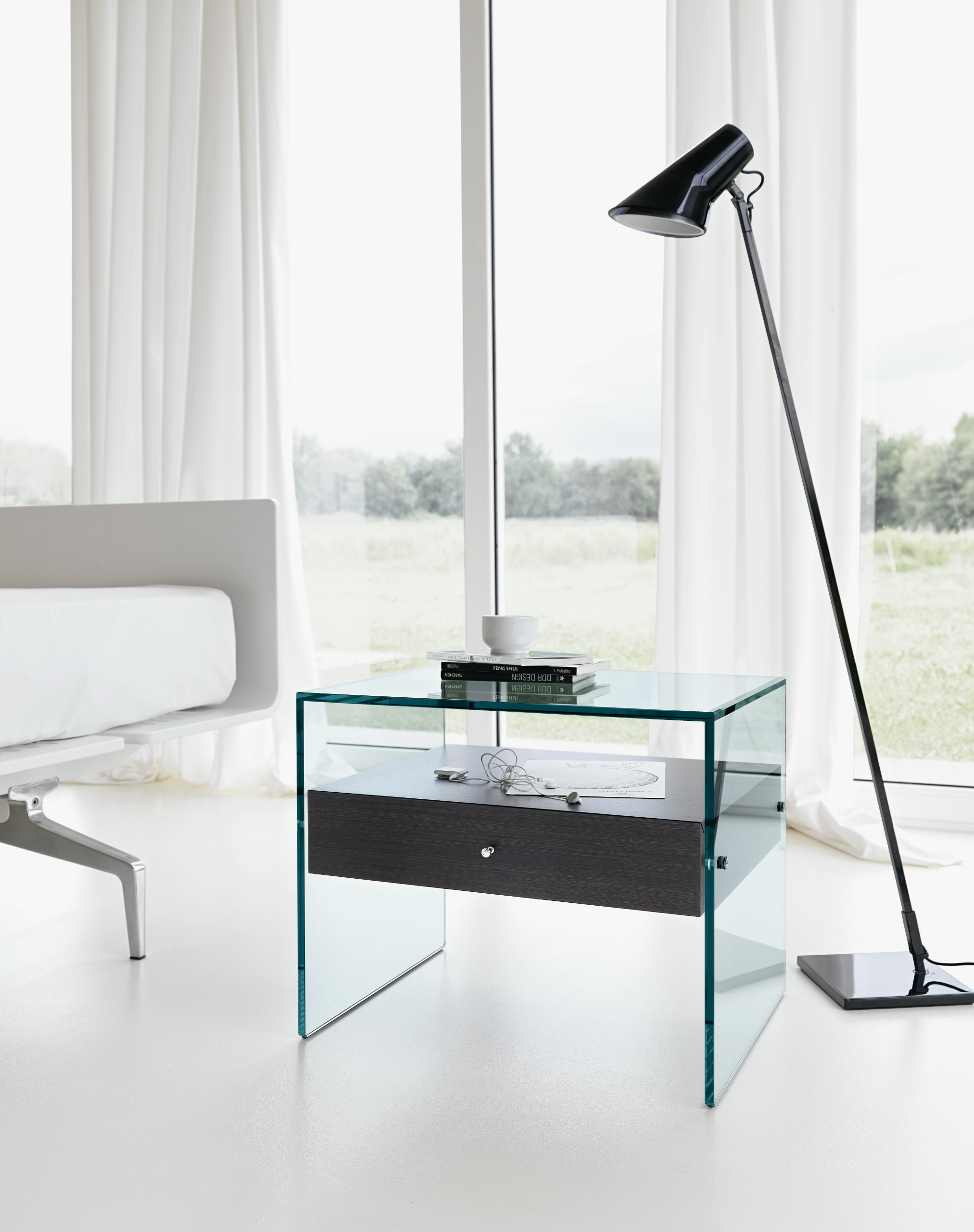 Glass bedside table secret by t d tonelli design - Table de nuit wenge ...
