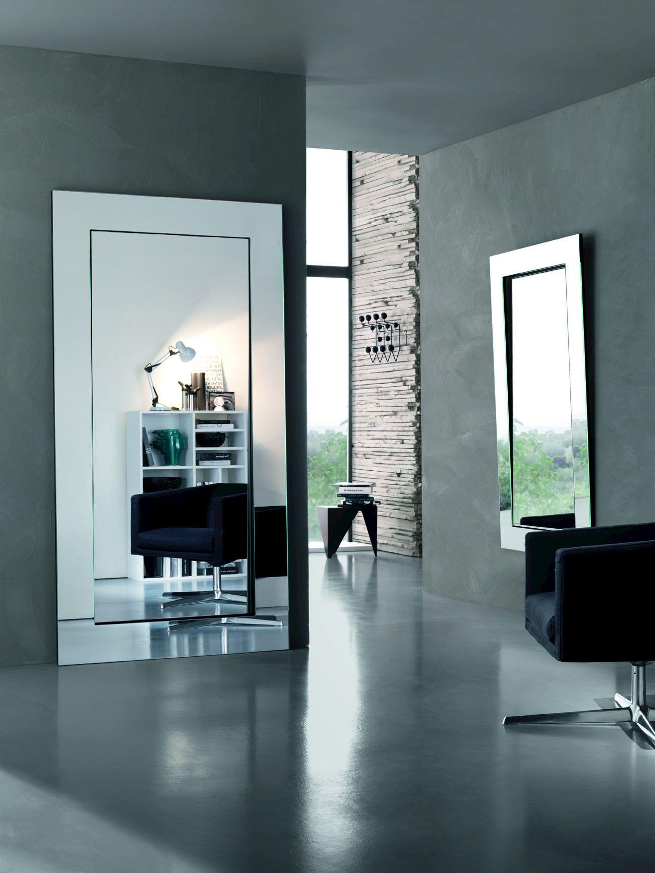 Specchio a parete gerundio by t d tonelli design design giovanni tommaso garattoni - Pareti a specchio ...