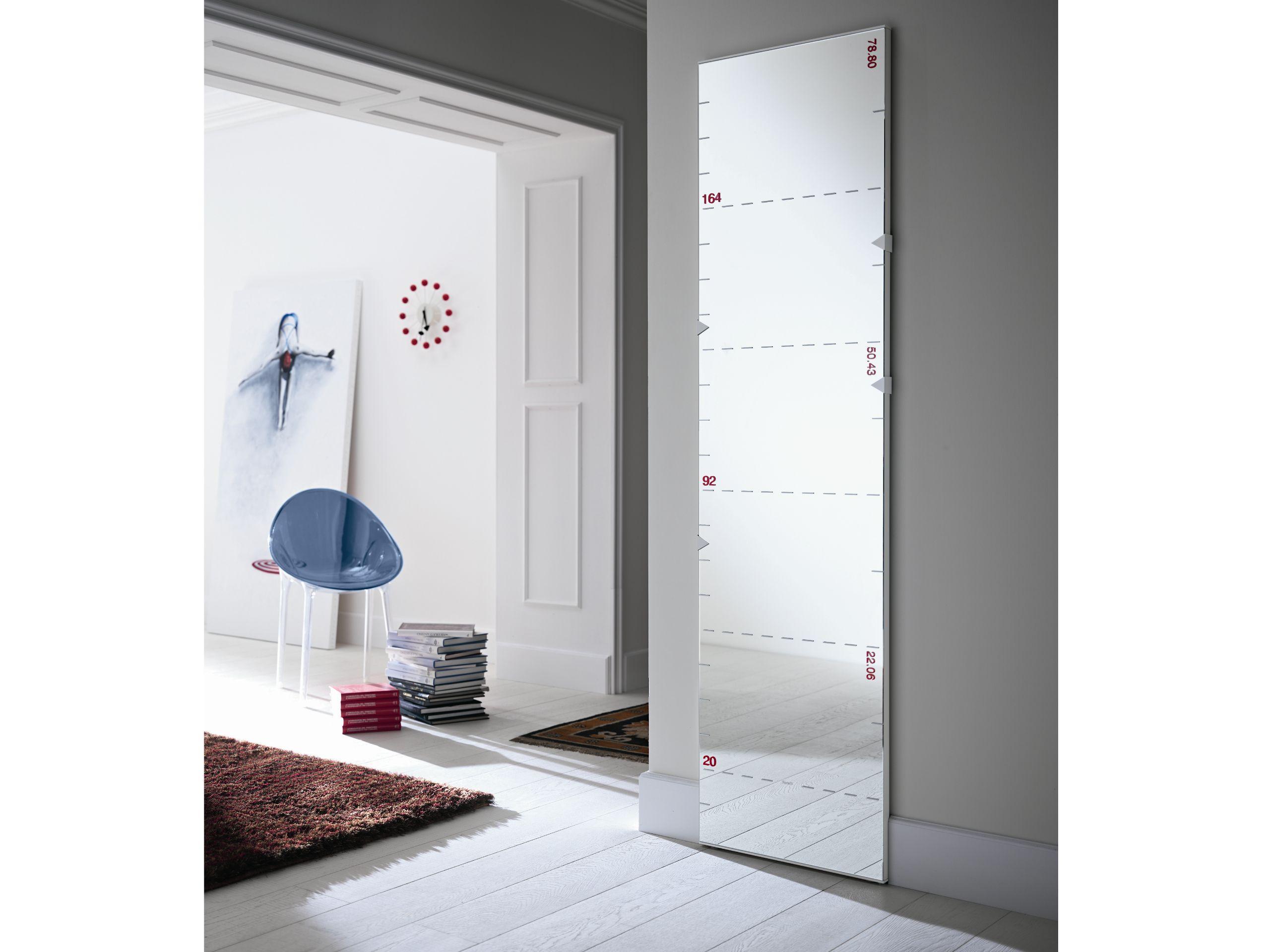 Espejo rectangular de pared righello by t d tonelli for Espejo rectangular pared
