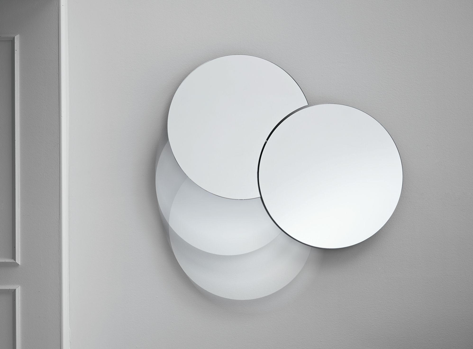 Specchio a parete shiki by t d tonelli design design isao - Parete a specchio ...