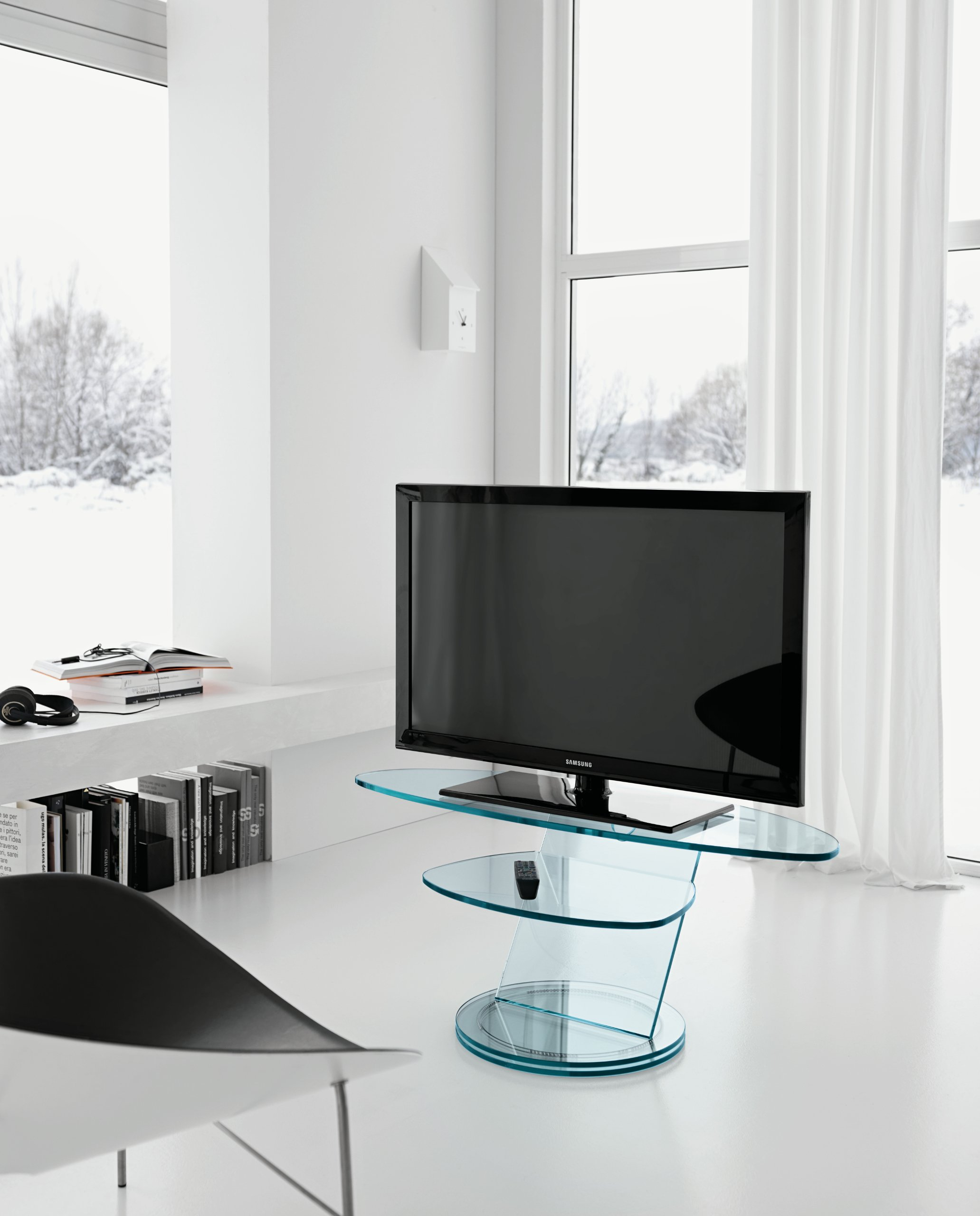 meuble tv en verre scenario by tonelli design design isao hosoe - Meuble Tv En Verre Design
