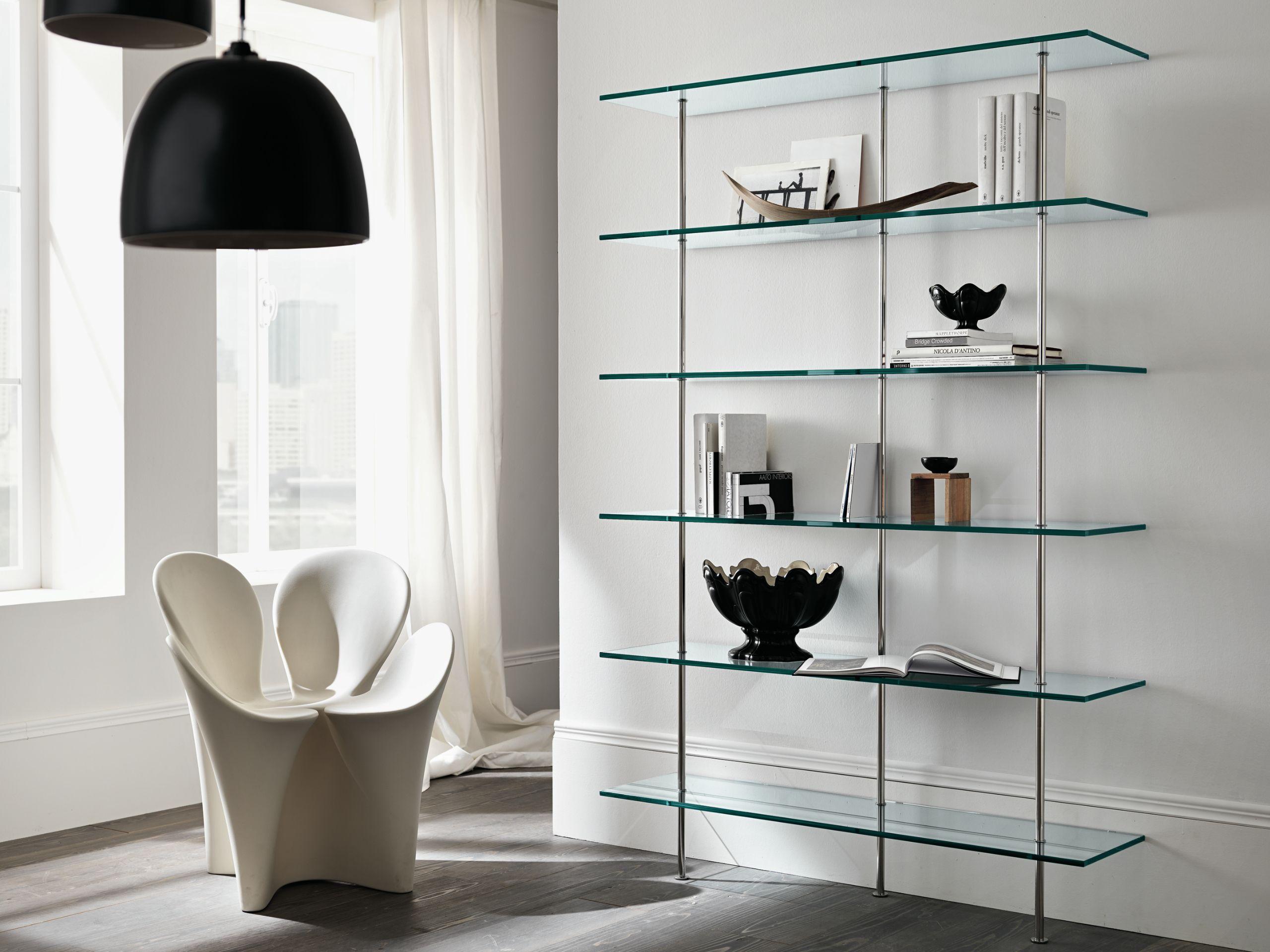 Libreria componibile in vetro trasparenza by t d tonelli for Libreria acciaio e vetro