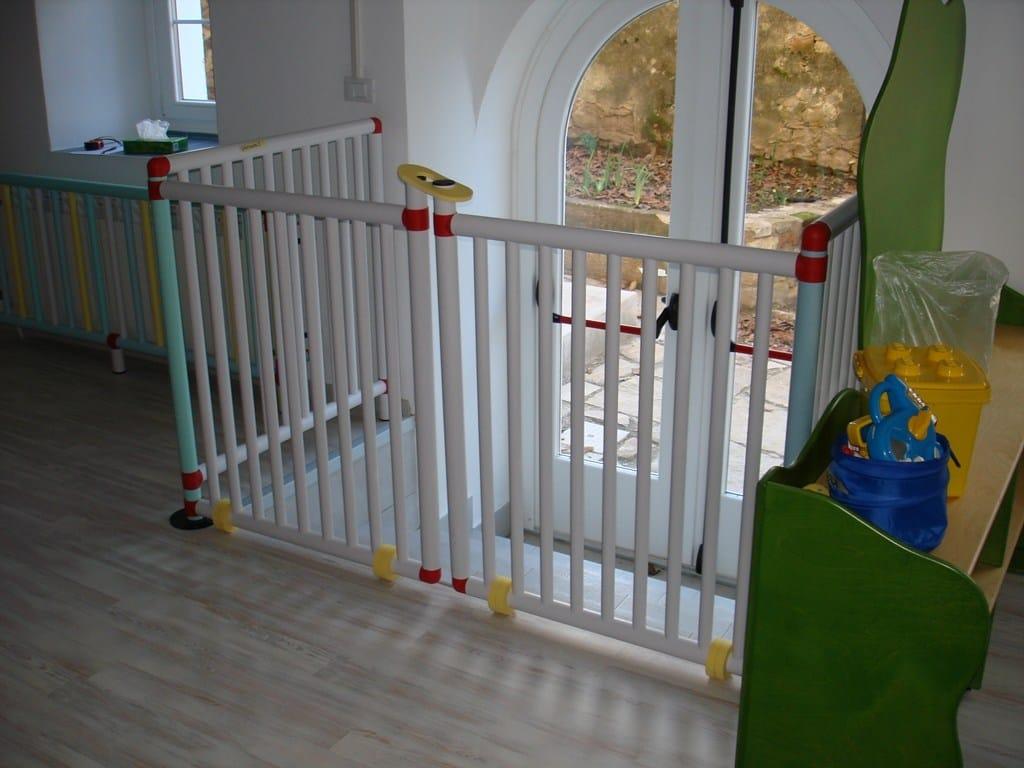 Cancelletti e barriere in pvc cerca barreira pilar by piesse for Cancelletto bambini