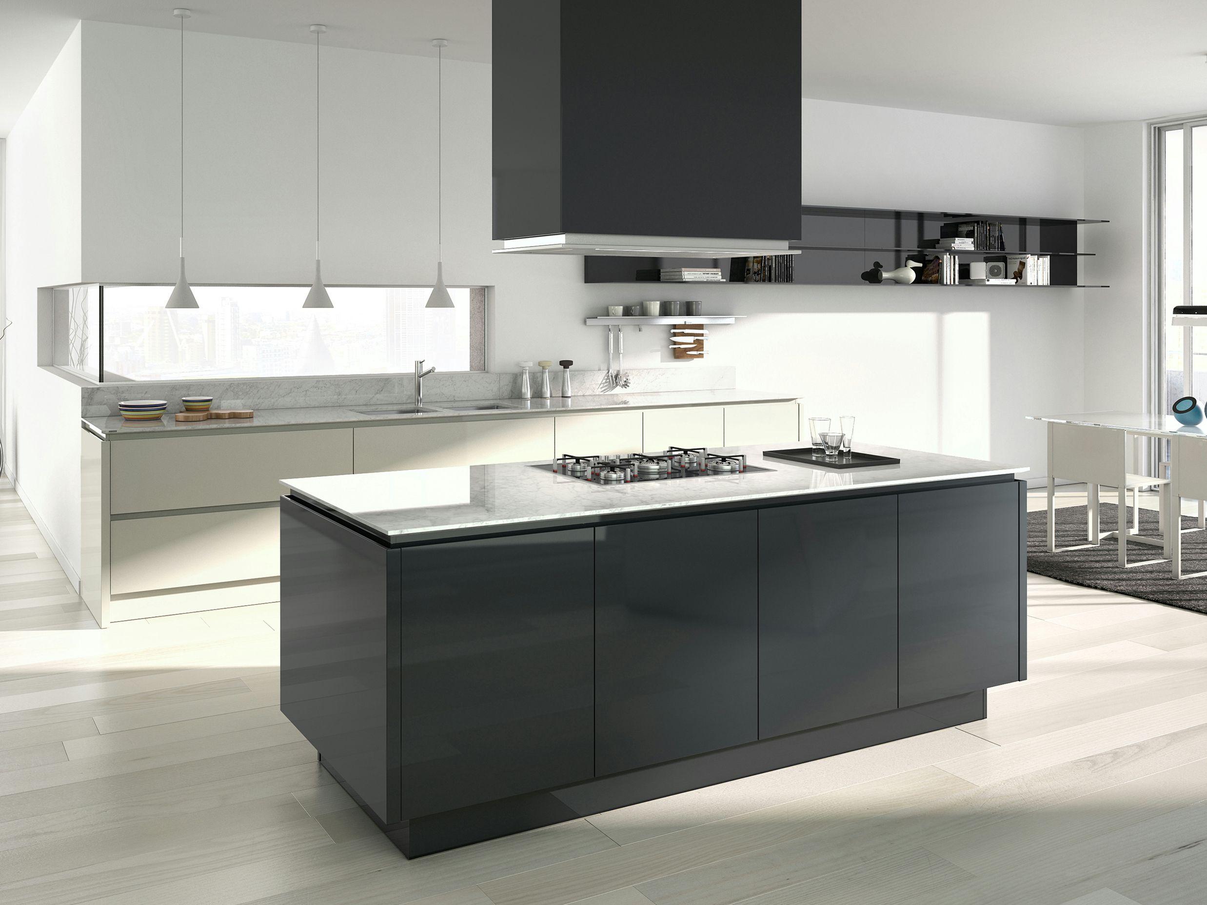 Cucina Laccata Con Maniglie Emetrica By Ernestomeda Design Alessandro Andreucci Christian Hoisl