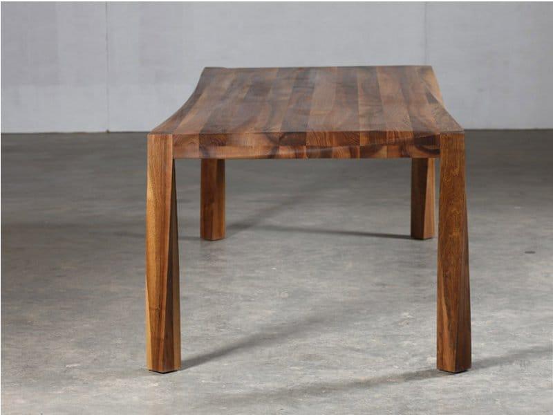 table en noyer collection torsio by artisan design salih teskered ic. Black Bedroom Furniture Sets. Home Design Ideas