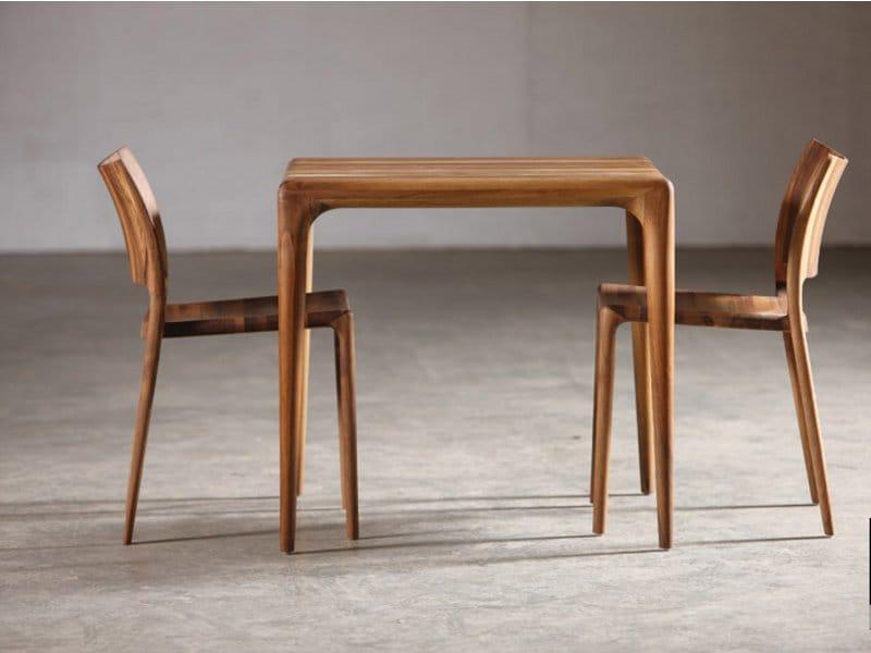 quadratischer tisch aus holz kollektion latus by artisan. Black Bedroom Furniture Sets. Home Design Ideas