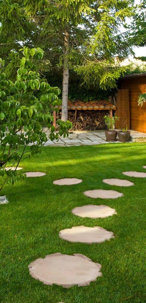 Camminamento in pietra ricostruita tronc by sas italia - Camminamento pietra giardino ...