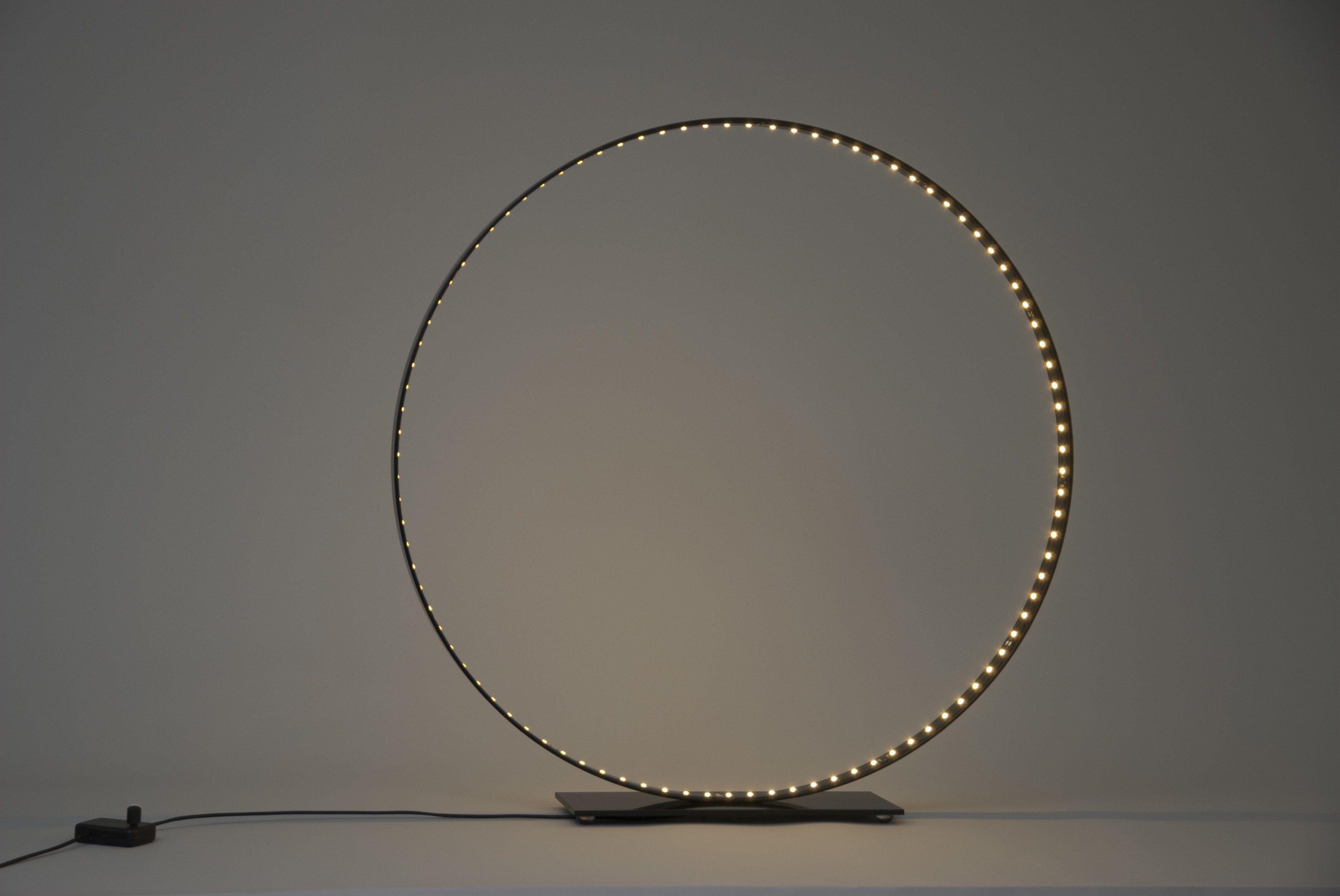 Lampe de table led pour clairage direct indirect classic 60 by le deun luminaires - Lampe cercle led ...