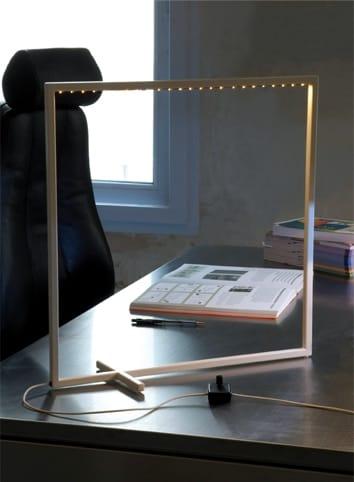 Lampe de table led pour clairage direct unicube by le - Eclairage de table ...