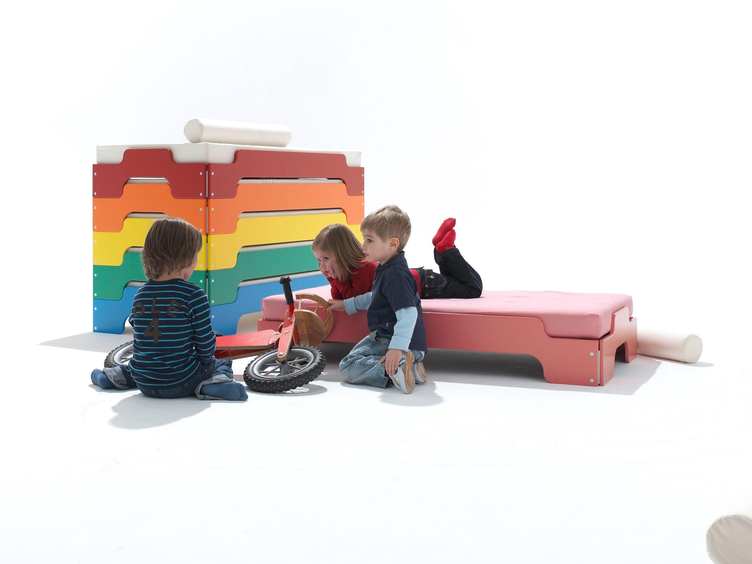 lit empilable pour chambre d 39 enfant lit pour chambre d 39 enfant by m ller m belwerkst tten design. Black Bedroom Furniture Sets. Home Design Ideas